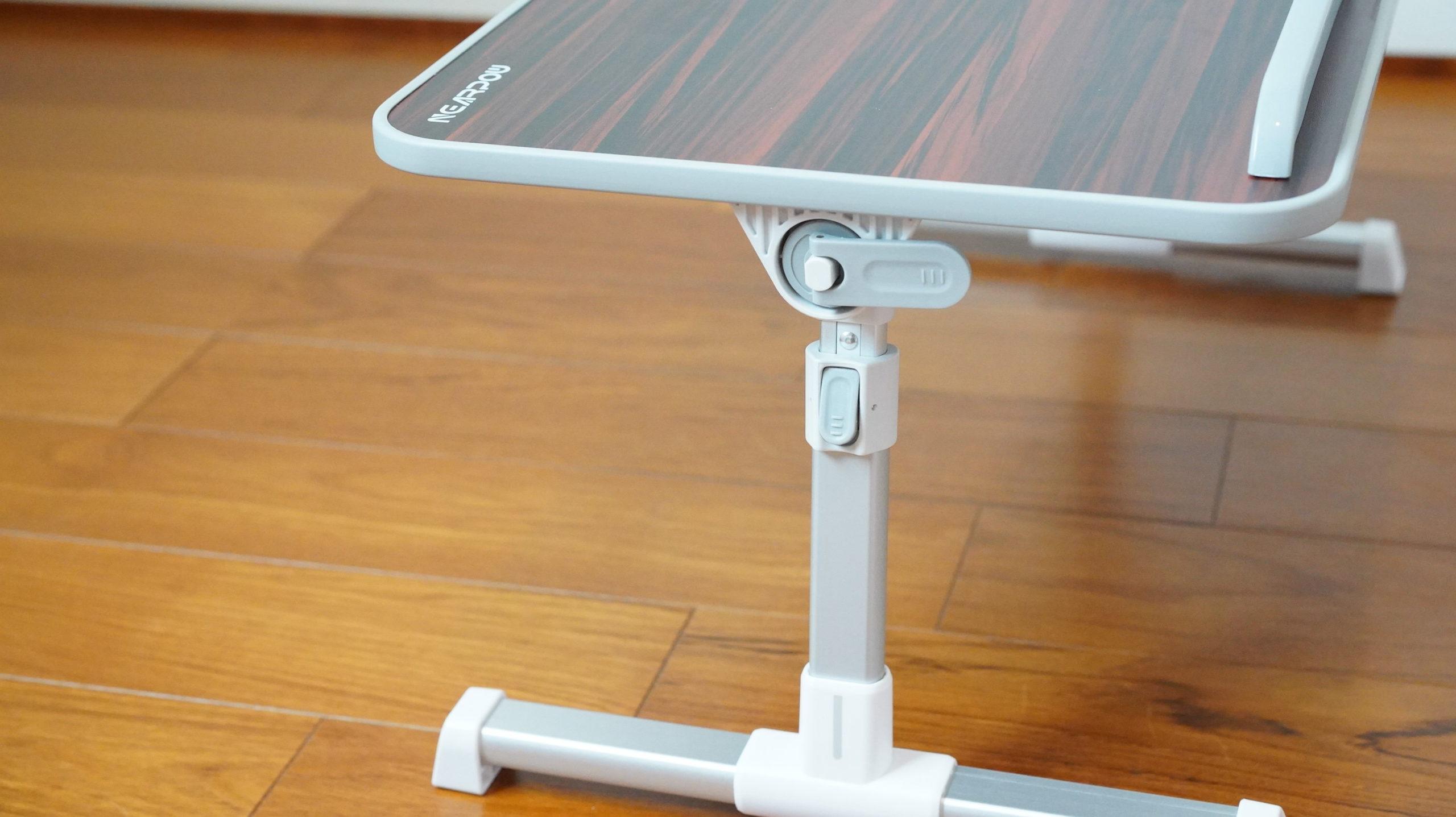 ソファやベッドでパソコン(ノートPC)の作業を姿勢良く行い、膝での作業をなくす最適なテーブル・スタンド11
